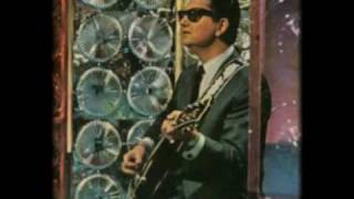 Watch Roy Orbison Sleepy Head video