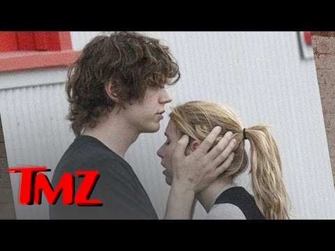 Emma Roberts Arrested For Domestic Violence With Boyfriend Evan Peters