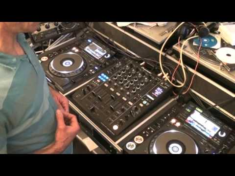 DJ LESSON ON MAKING A MASH UP IN THE MIX, IN YOUR SET