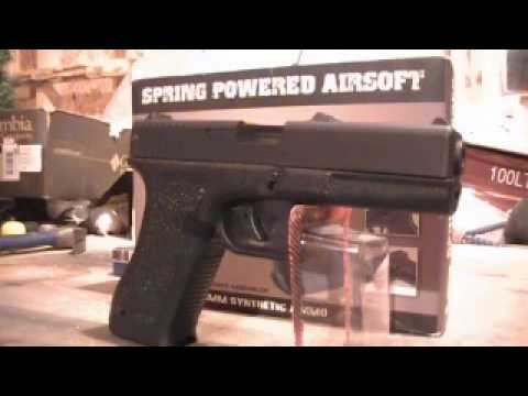 HFC Spring Airsoft Glock 17 Review:   Modified Glock 17