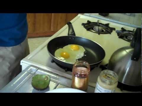 Gluten Free Meal - Super Fun Gluten Free Breakfast in 2 minutes - The Under 20 Workout