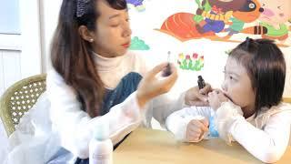 Chị Nhi Elsa trang điểm cho bé Bống Elsa💗Đồ chơi trang điểm trẻ em