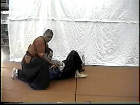 SOKE  GRANDMASTER IRVING SOTO/ Demonstrates Techniques of Atemi Jujitsu waza  Aiki 当て身 Image 1