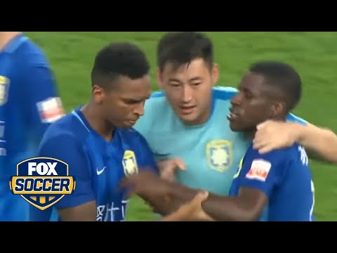 Ramires loses his mind after getting red card