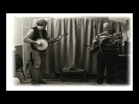 Duelling Banjos Performed by .Mick Oconnor&Bob n Along