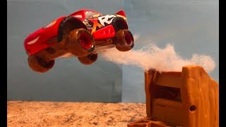 Stop Motion : Disney Pixar Cars 3 : Mad Racing : Cruz came to Radiator Springs