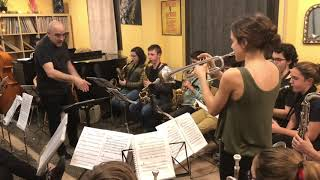 2019 ensayando LI'L DARLIN  Sant Andreu Jazz Band ( Joan Chamorro dirección)