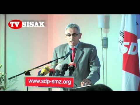 Rajko Mladenović na tematskoj konvenvciji SDP-a