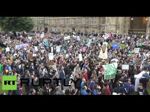 Anti-'Brexit' protest hits London (Streamed live 28.06.2016)