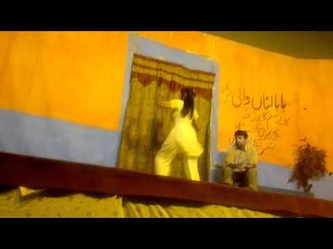 Rani Khan Sexy Mujra Rahim Yar Khan.mp4 video