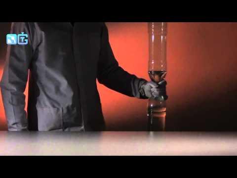 Буря в бутылке - физические опыты с водой