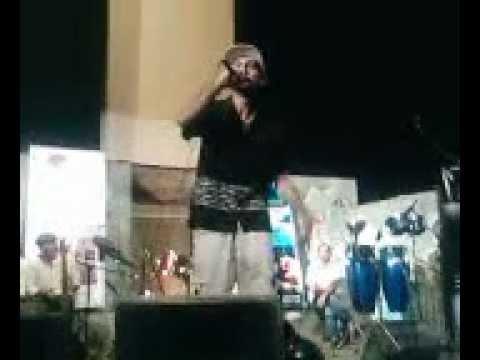 SOROUSH SEYEDI-Rastesho Begoo-Live Concert in (IRANShahrood1385...