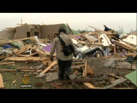US tornado victims rebuild after destruction