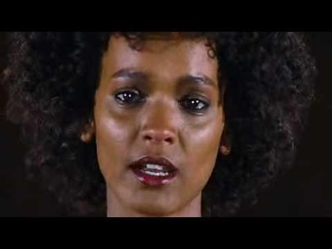 Impresionante Testimonio contra la Mutilación Genital Femenina thumbnail