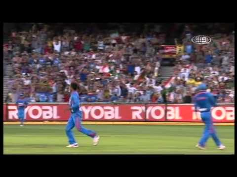 2nd KFC Twenty20 International - Australian Innings Highlights