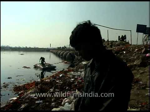 A rag picker in India speaks his mind