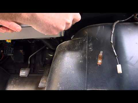 Engine Cover Removal Chevy Astro & GMC Safari Vans | How To Make & Do
