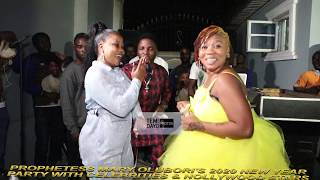 NOLLYWOOD ACTRESS, SEYI EDUN & WUNMI TORIOLA TAKES D DANCE FLOOR AT PROPHETESS MARY OLUBORI'S PARTY