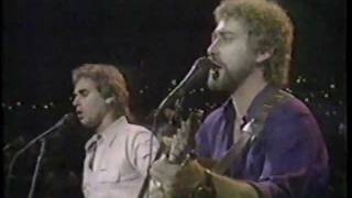 Watch Earl Thomas Conley Somewhere Between Right And Wrong video