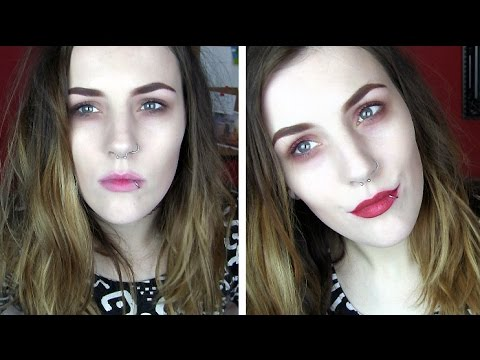 Grunge Meets Christmas Makeup Tutorial | Frances Bean Cobain Inspired