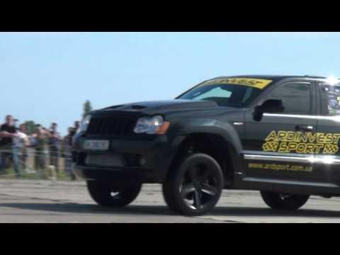 Jeep SRT8 Ardinvest Twin Turbo vs SRT8. Nissan GTR ...