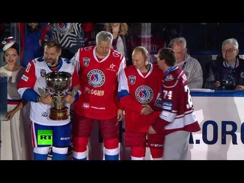 Путин принял участие в гала-матче Ночной хоккейной лиги в Сочи