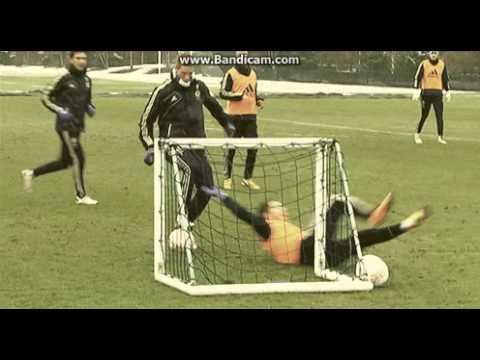 Fernando Torres Humiliates Eden Hazard In Training OWNED