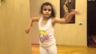 رقص دختر رشتي- اهنگ اباداني