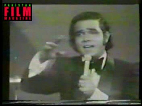 Pakistans legendry singer Ahmad Rushdi - live on TV in 1975