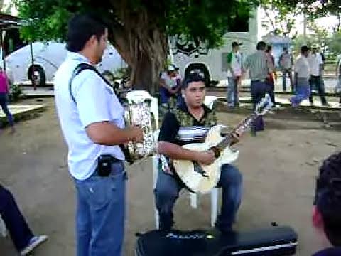 Julion Alvarez y Rafaga Norteña