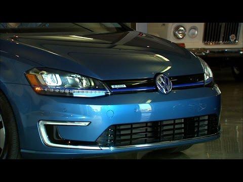 Car Tech - 2015 Volkswagen e-Golf