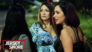 Girls Night FIGHT 😡 'Sneak Peek' | Jersey Shore: Family Vacation | MTV