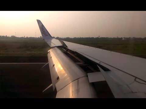 Spicejet 737-800 Sunset landing at Kolkata (CCU/VECC)