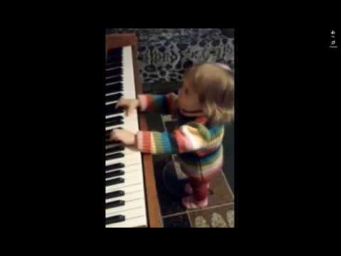 Маленький музыкант - Дарья Коломиец!