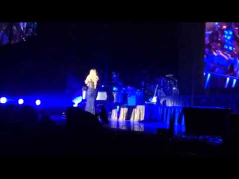 Mariah Carey - Standing O + Intro Emotions - The Elusive Chanteuse Show -Sydney