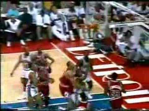 Chicago Bulls - Detroit Pistons | 1991 Playoffs | ECF Game 3: Bulls keep their poise, take 3-0 lead