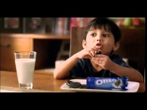 Oreo Twist Biscuit Ad - cute boy