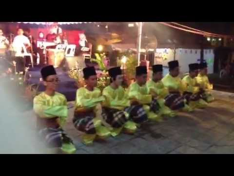 Iium Acoustic Band - Gambus Jodoh At Student Carnival 2013 video