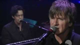 Watch Crowded House Four Seasons In One Day video