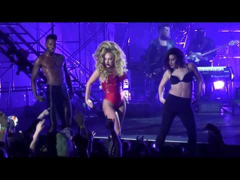 [07 17] Lady Gaga - Sexxx Dreams (live)  Roseland Ballroom, 3 31 14 video
