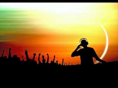 Keemo & Tim Royko feat Cosmo Klein - Beautiful Lie (KeeMo's Terrace Mix) Lyrics
