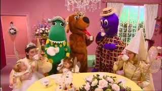 Watch Wiggles Im Dorothy The Dinosaur video
