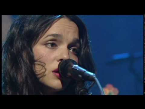 Norah Jones - Come Away With Me Live (High Quality)