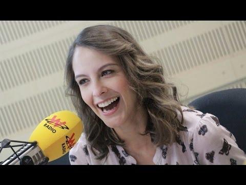 Laura Acuña habla con Vicky Dávila en La W