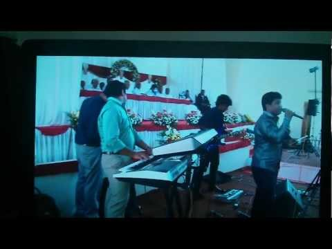 Yeshuvil En Thozhane Kande - Vipin Fiby Wedding video