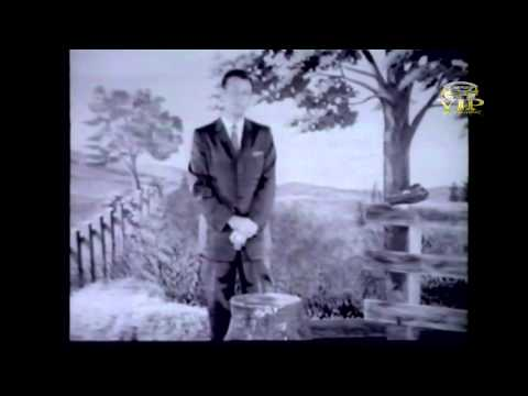 Thumbnail of video Jim Reeves  -  Blue Boy