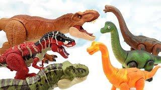 3 Tyrannosaurus VS 3 Brachiosaurus Walking Dinosaur Toys. Jurassic World Battle Of The Century Dino
