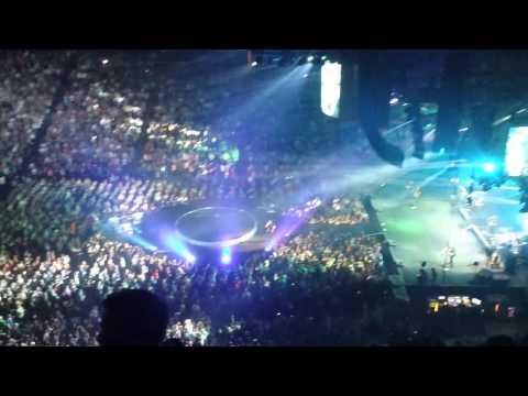 Luke Bryan - That's My Kinda Night Tour - Crash My Party (live) video