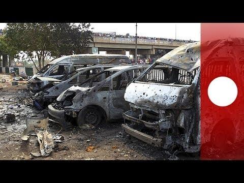 Un carnage au Nigeria : double attentat meurtrier dans une gare routière - images violentes