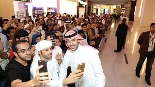 Majed Al Sabah Takes Selfies With Fans in Dubai l VVIP